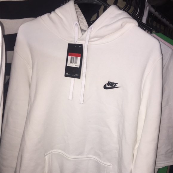 f0aad8c39 Nike Other | White Sweat Suit | Poshmark